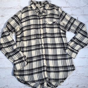 Lucky Brand flannel top. Size S. Black /White
